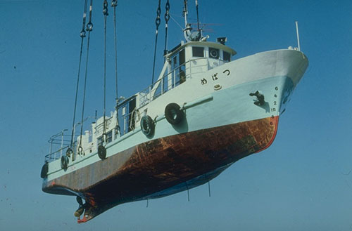 How Does Aluminum Alloy Protect Ships from Corrosion?